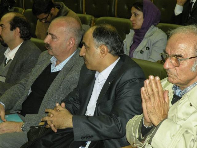 استاد ايرج افشار