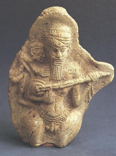پیکرک سفالین نوازنده، شوش هزارهٔ دوم پ.م